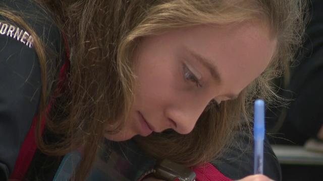 Calvarul unei adolescente din Illinois. Memoria i se șterge la fiecare două ore