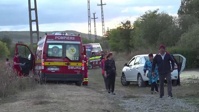 Un adolescent de 12 ani a murit electrocutat, pe un tren în Petroșani. O fată a scăpat cu viață