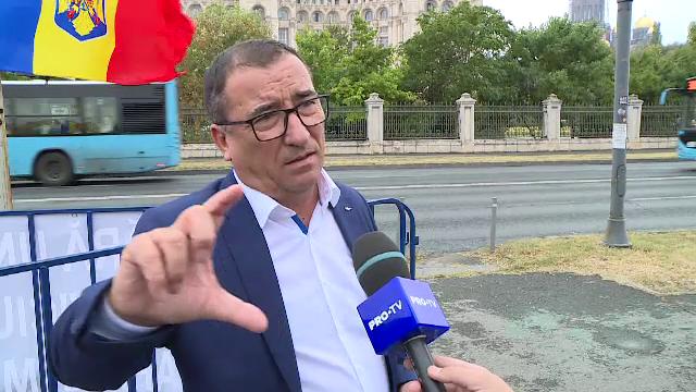 Deputatul PSD Stănescu explică de ce rudele sale au funcții în județ: Suntem un neam mare
