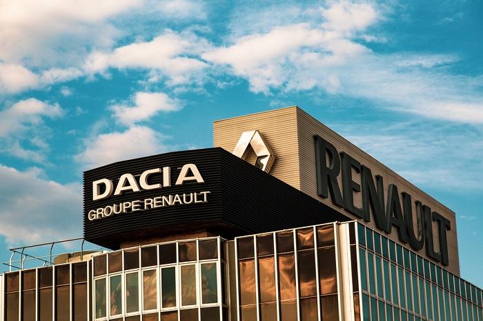Renault suspendă producţia de automobile la mai multe uzine, inclusiv în România