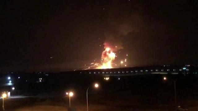 Explozii într-o bază militară din Iordania, unde erau ținute sute de proiectile defecte