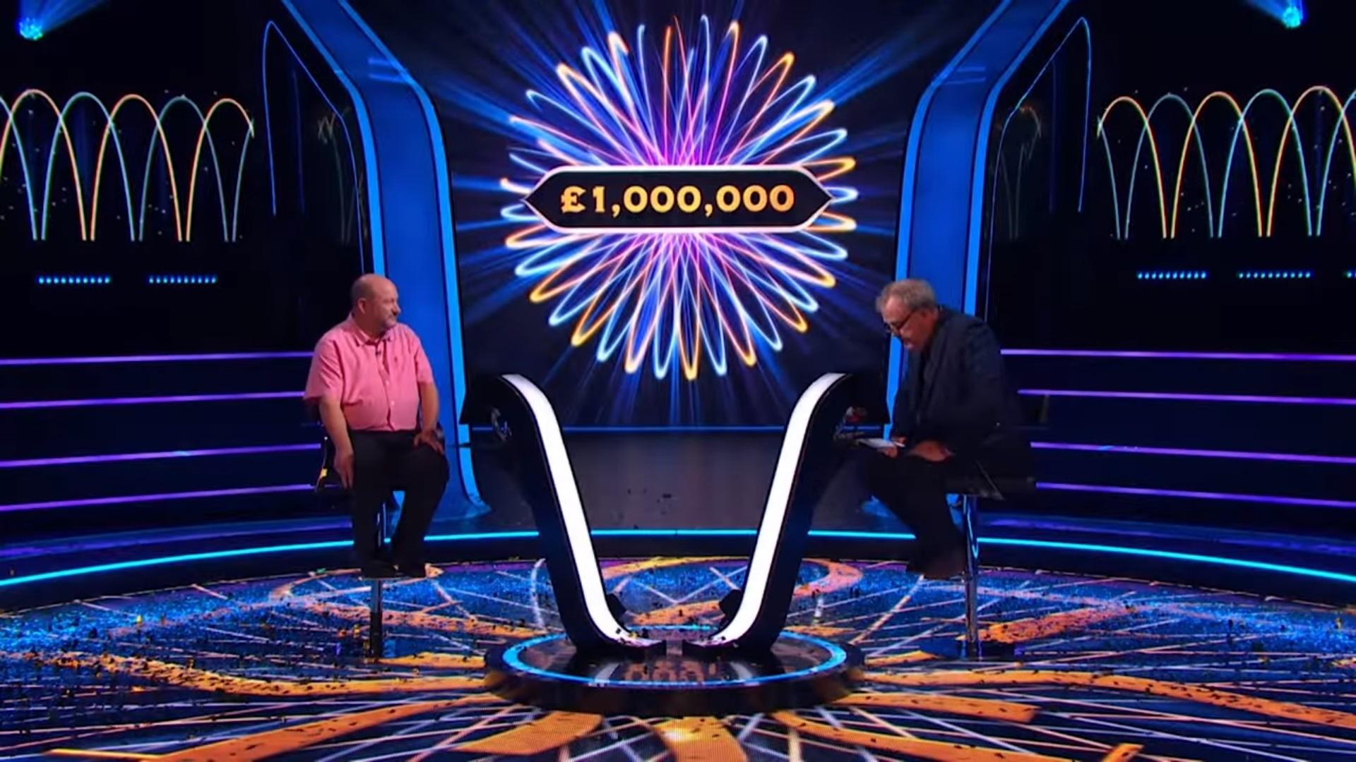 """Un profesor a câştigat marele premiu al emisiunii """"Vrei să fii milionar?"""" din Marea Britanie"""