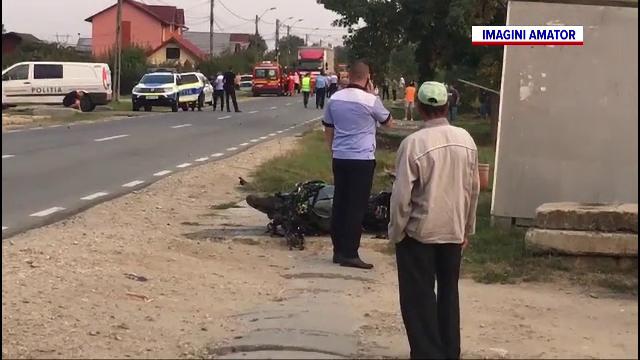 Accident cumplit în Argeș. Un motociclist și un pieton și-au pierdut viața