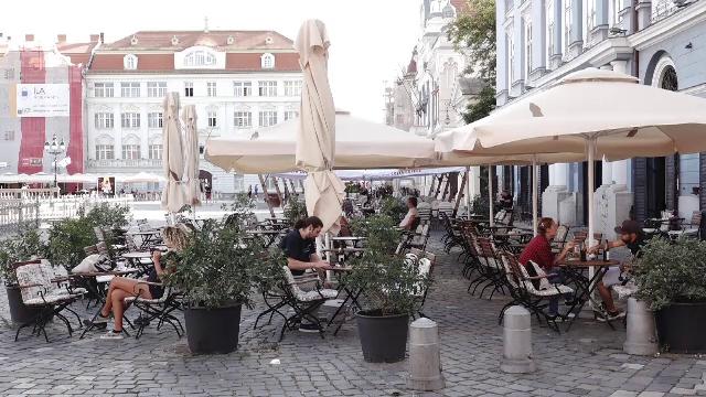 Localurile se vor închide în mai multe localități din județul Sibiu, după numărul mare de infectări. Ce alte măsuri s-au luat