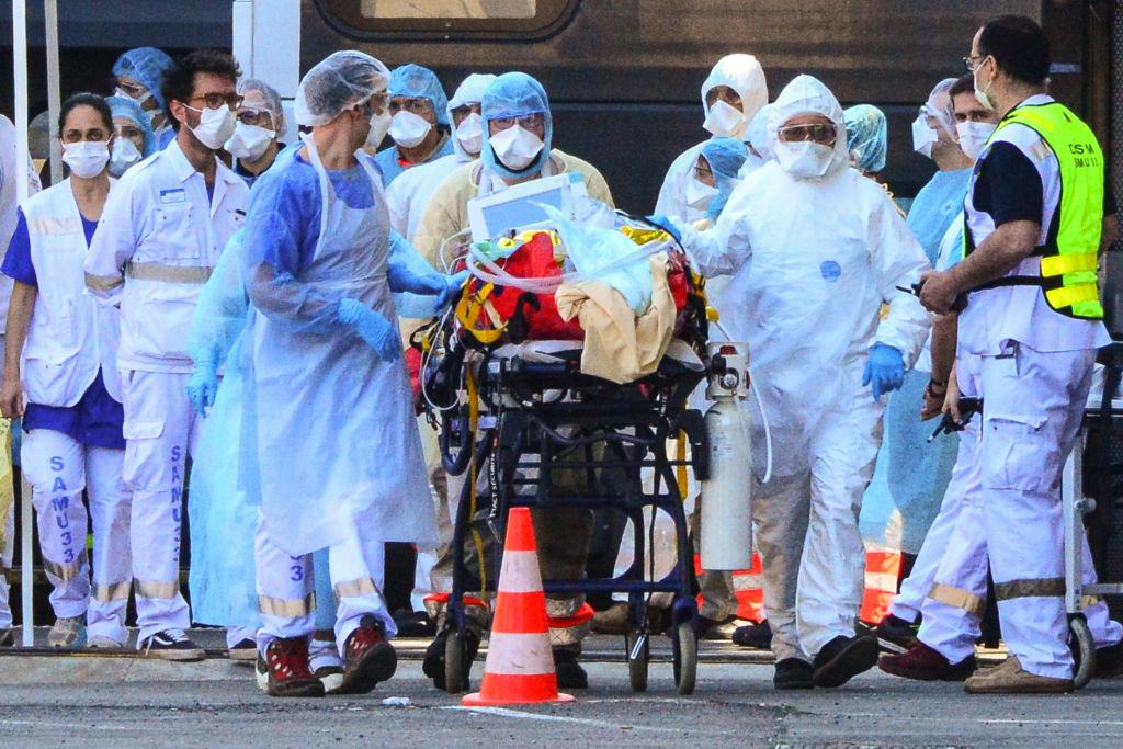 În SUA au murit cu 300.000 mai mulţi oameni în timpul pandemiei decât într-un an obişnuit