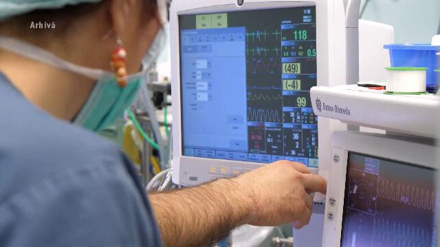 """Spitalul Judeţean Timişoara redeschide """"zona roşie"""", după creșterea numărului de bolnavi de COVID-19"""
