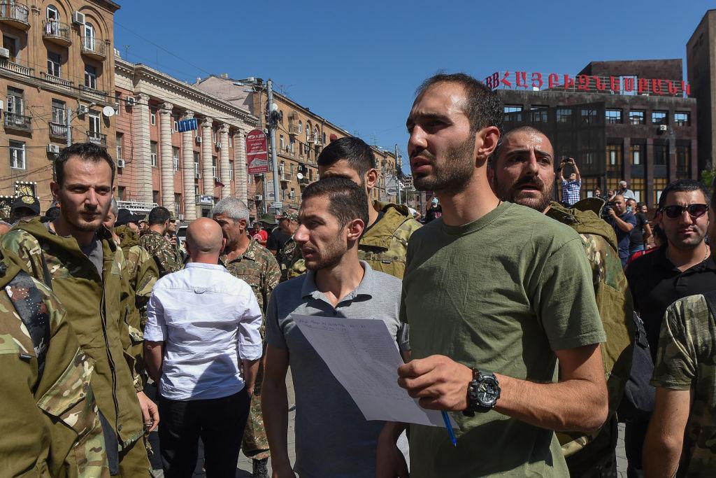 Erevan: Un F-16 turcesc a doborât un Su-25 armenesc, în spațiul aerian al Armeniei. Ankara dezminte