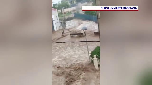 O ploaie torențială de câteva ore a provocat inundații masive în nord-estul Spaniei