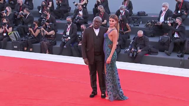 A început Festivalul de Film de la Veneția. Ce vedete și-au făcut apariția pe covorul roșu