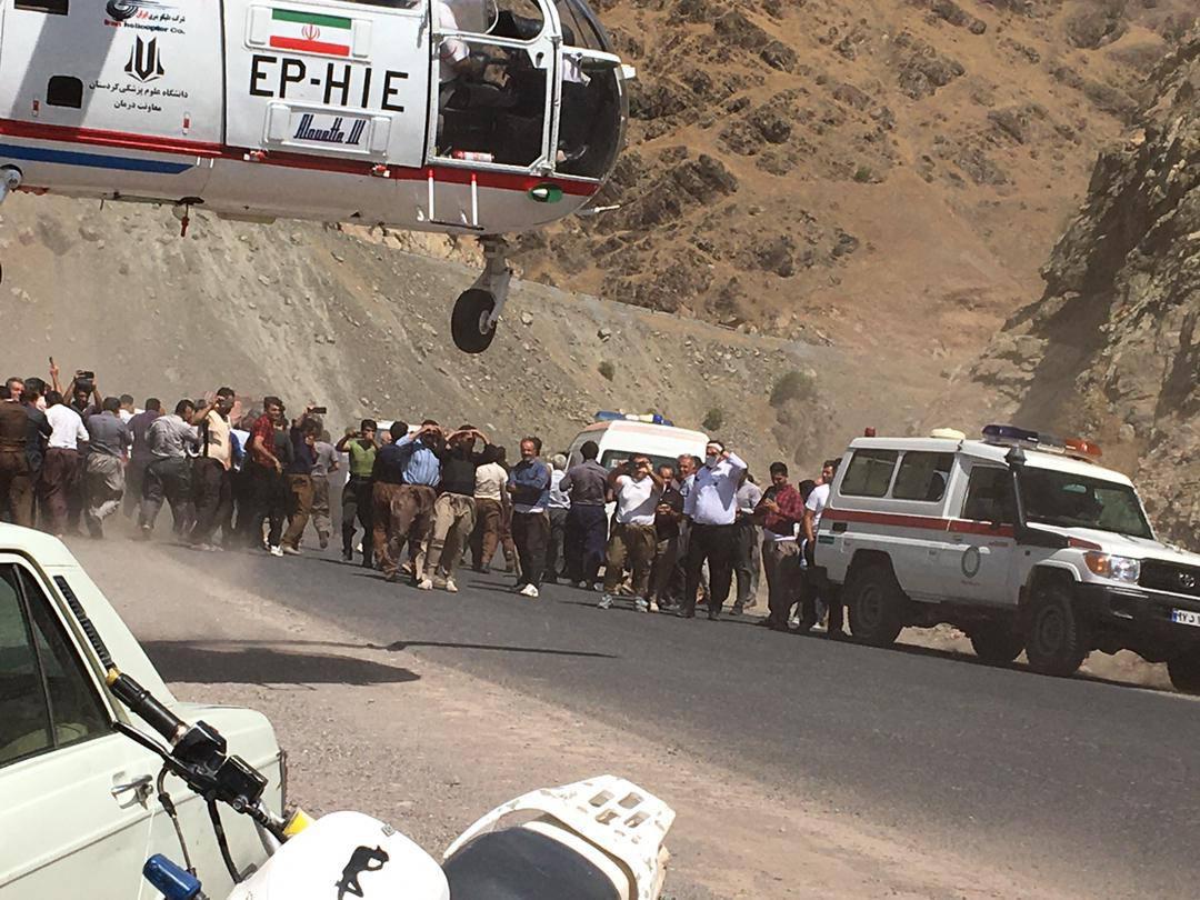 Cel puţin 14 morţi într-un accident, în Iran. Un microbuz a căzut într-o răpă. VIDEO