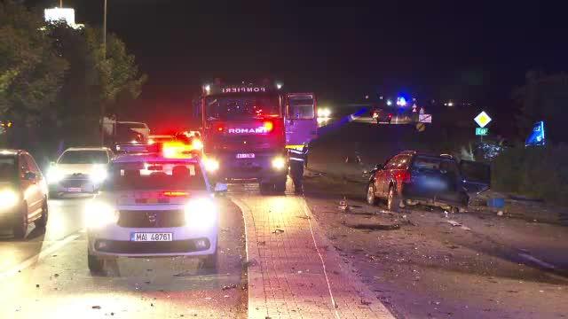 Două mașini s-au făcut bucăți. Un șofer care tocmai ajungea acasă a murit în accident, în județul Cluj