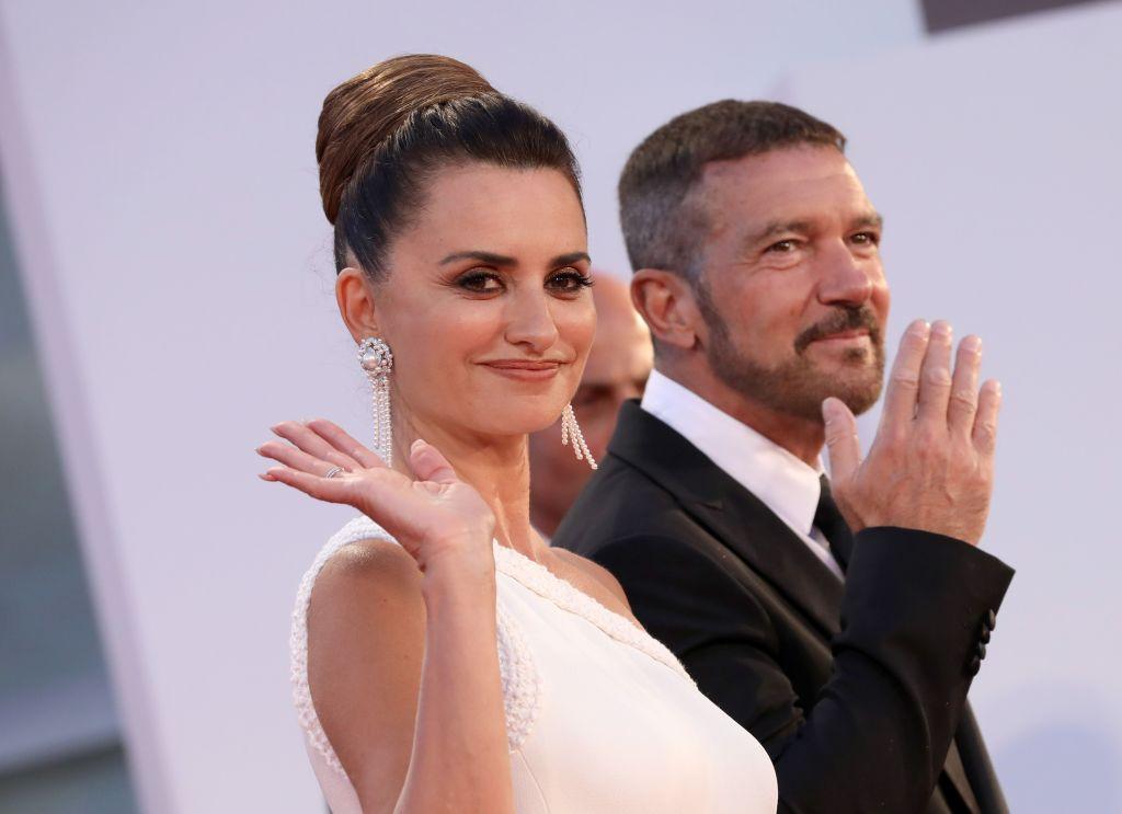 Penelope Cruz și Antonio Banderas au fost vedetele serii la Festivalul de Film de la Veneția
