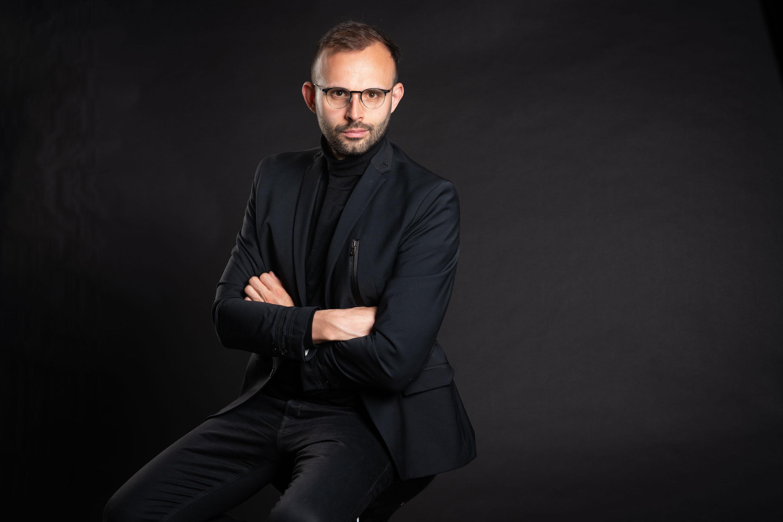(P) Mihai Nica, antreprenor : Aș fi vrut să existe și pe vremea mea oameni care să mă învețe să nu repet niște greșeli
