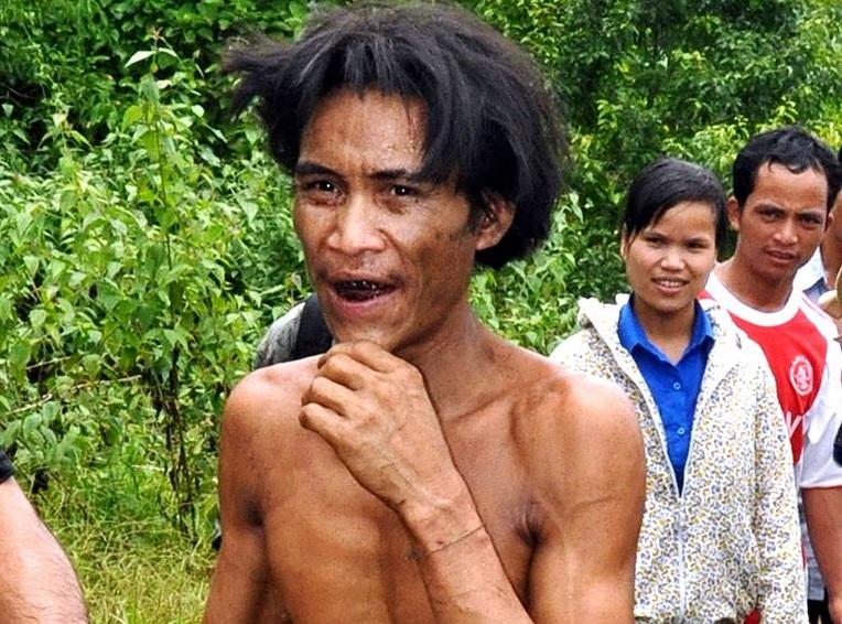 """Un bărbat supranumit """"Omul junglei"""", care a trăit 40 de ani în pădure, a murit de cancer"""