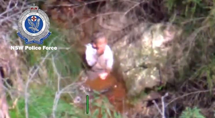 Modul în care a supraviețuit un copil autist, în vârstă de trei ani, singur timp de patru zile, pe malul unui pârău. VIDEO