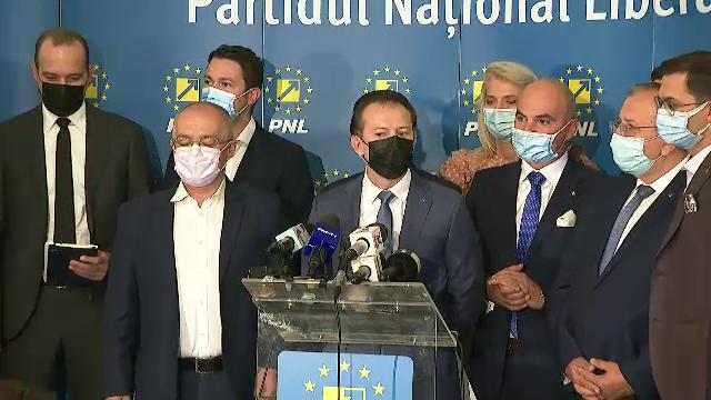 Soarta moțiunii de cenzură a fost amânată, după ce liberalii au acuzat USR-PLUS și AUR că au folosit semnături false