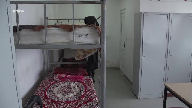 Situație revoltătoare la un cămin de bătrâni din Câmpina. Un bărbat a fost găsit de fiica sa plin de vânătăi și neîngrijit