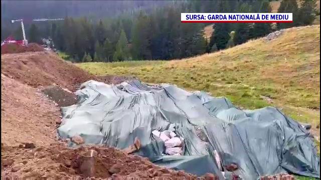 Zona Peștera-Padina din Bucegi, în pericol. Au fost descoperite deșeuri ascunse într-o zonă protejată