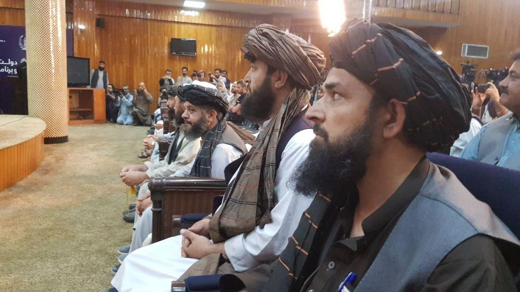 Șeful guvernului de la Kabul este pe lista ONU cu teroriști, iar pentru ministrul de Interne SUA oferă o recompensă imensă