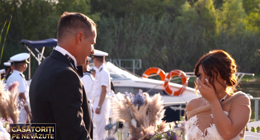 """""""Căsătoriți pe nevăzute"""". Andreea și Emilian s-au căsătorit la prima vedere. Ce reacții au avut când s-au văzut"""