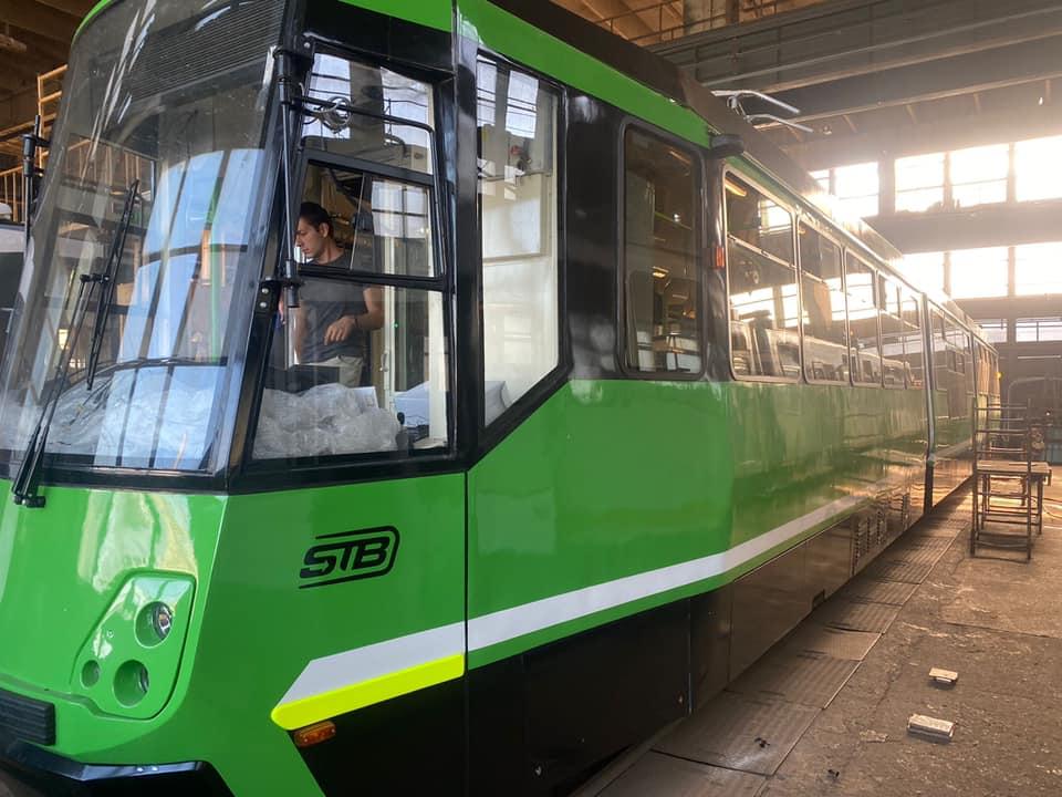 FOTO. Trei tramvaie din București au fost modernizate și sunt pregătite să iasă pe traseu. Ce îmbunătățiri vor avea