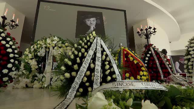 Ion Caramitru a fost înmormântat cu onoruri militare, la Cimitirul Bellu, pe Aleea Actorilor