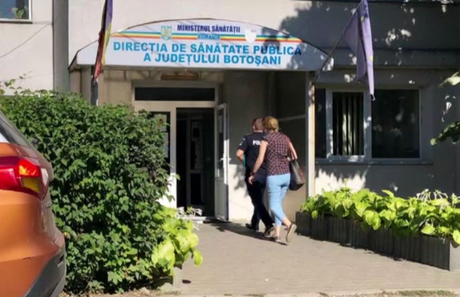 Șefa DSP Botoșani, amenințată și înjurată în birou de un bărbat furios. Era nemulțumit de carantina impusă familiei