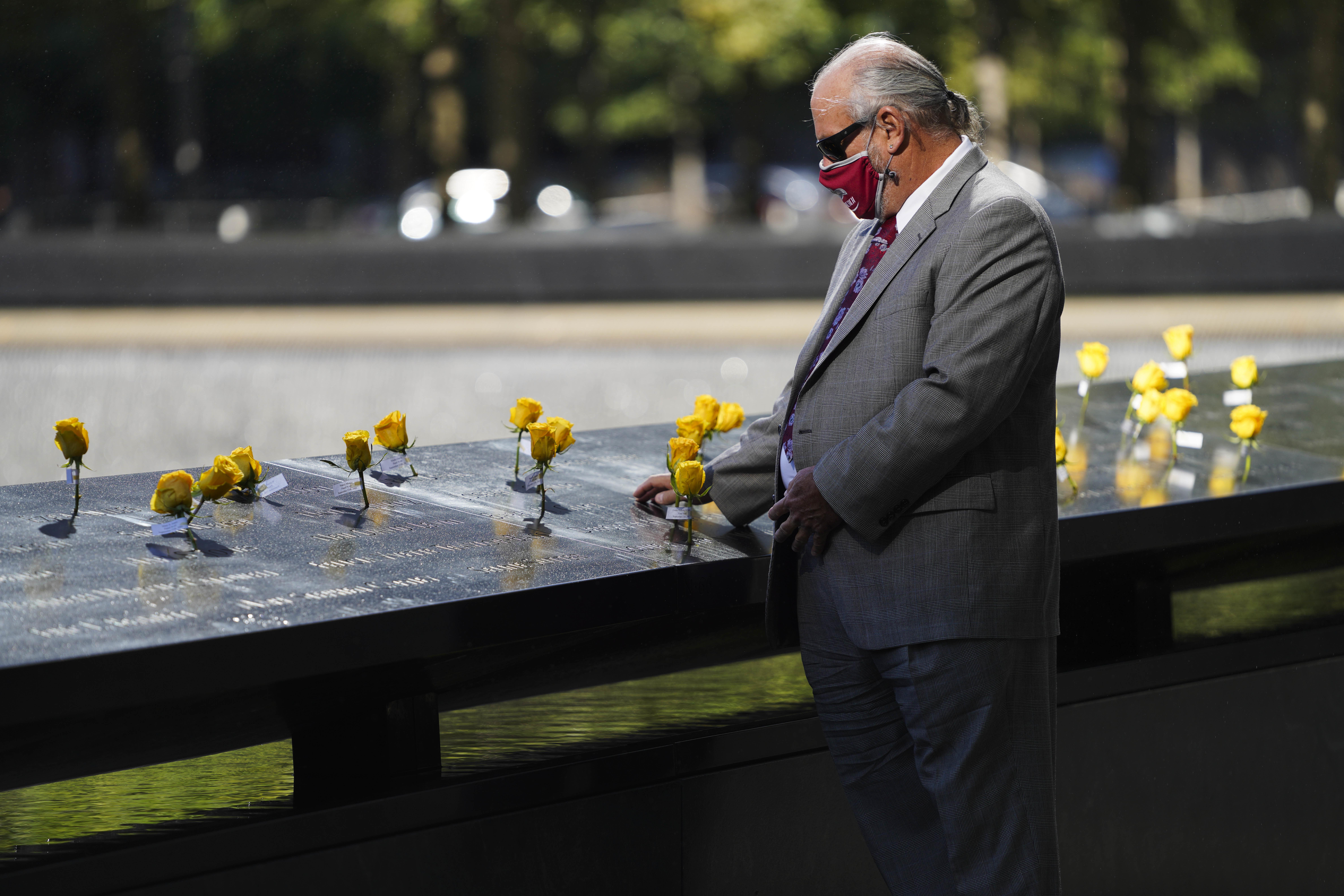 Președintele Joe Biden va fi prezent la locurile atentatelor din 11 septembrie. Drapelul SUA va fi arborat în bernă