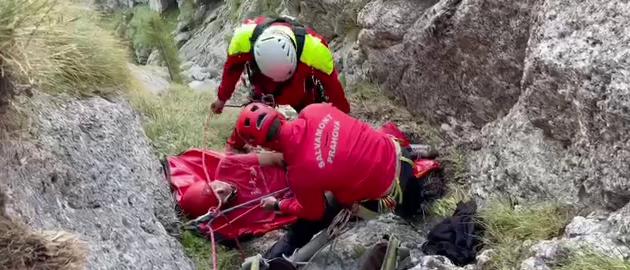 Alpinist rănit grav în Bucegi, după ce a căzut în gol și s-a izbit de stânci