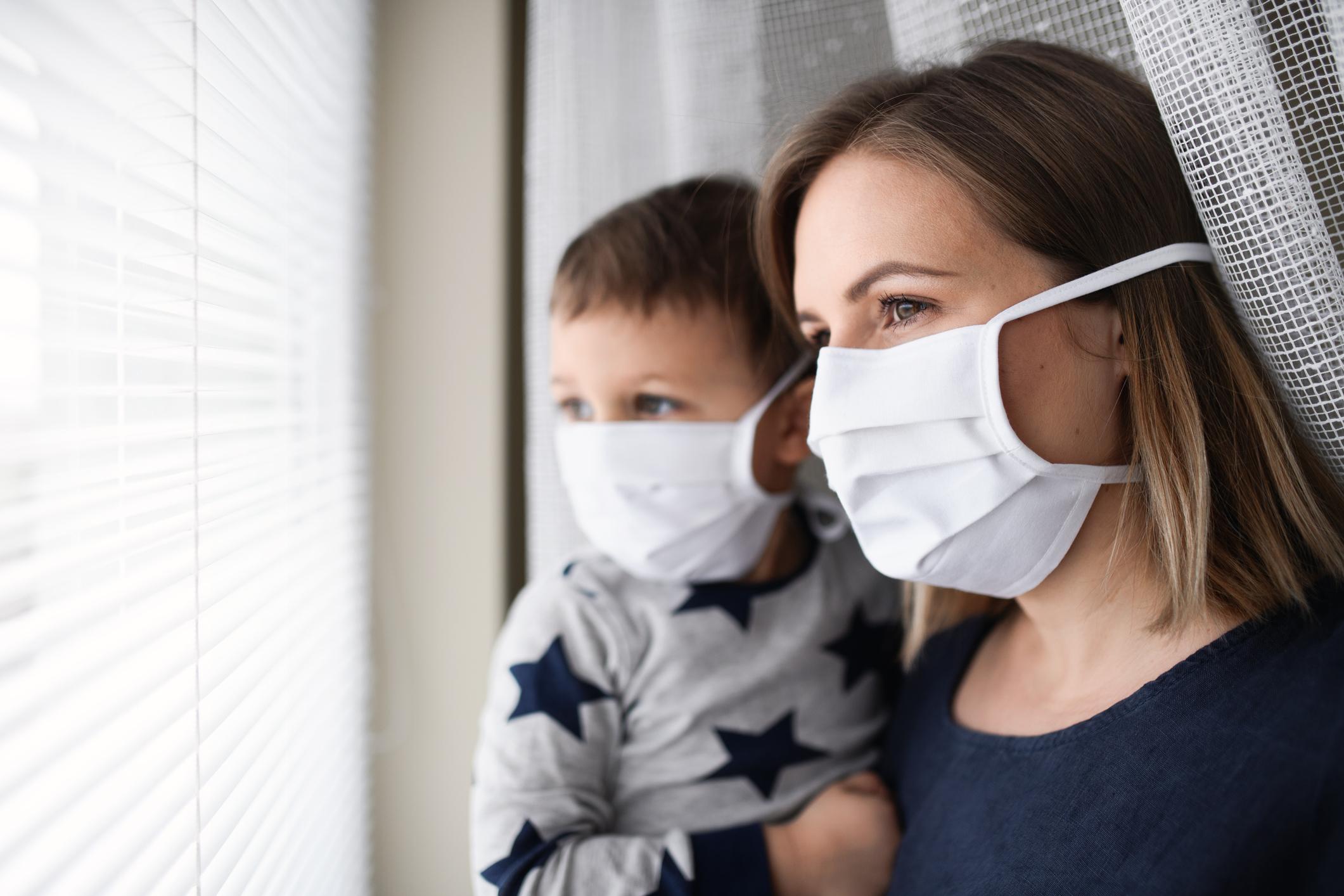 Numărul infectărilor cu SARS-CoV-2 crește alarmant. Autoritățile vor impune, din nou, carantina unde sunt multe îmbolnăviri