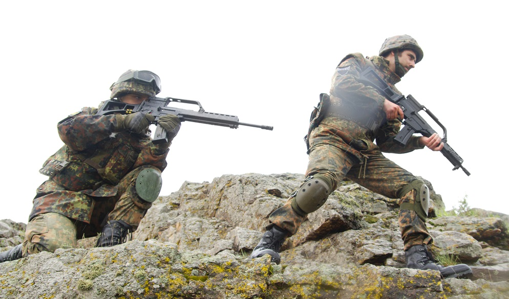 Doi soldaţi ucraineni au fost ucişi, iar zece răniţi în regiunea Doneţk. Rebelii proruși trag cu artilerie grea