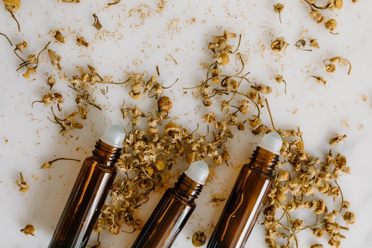 (P) De ce un parfum plăcut reduce stresul, te invită la relaxare și te calmează? Cheia este în creier
