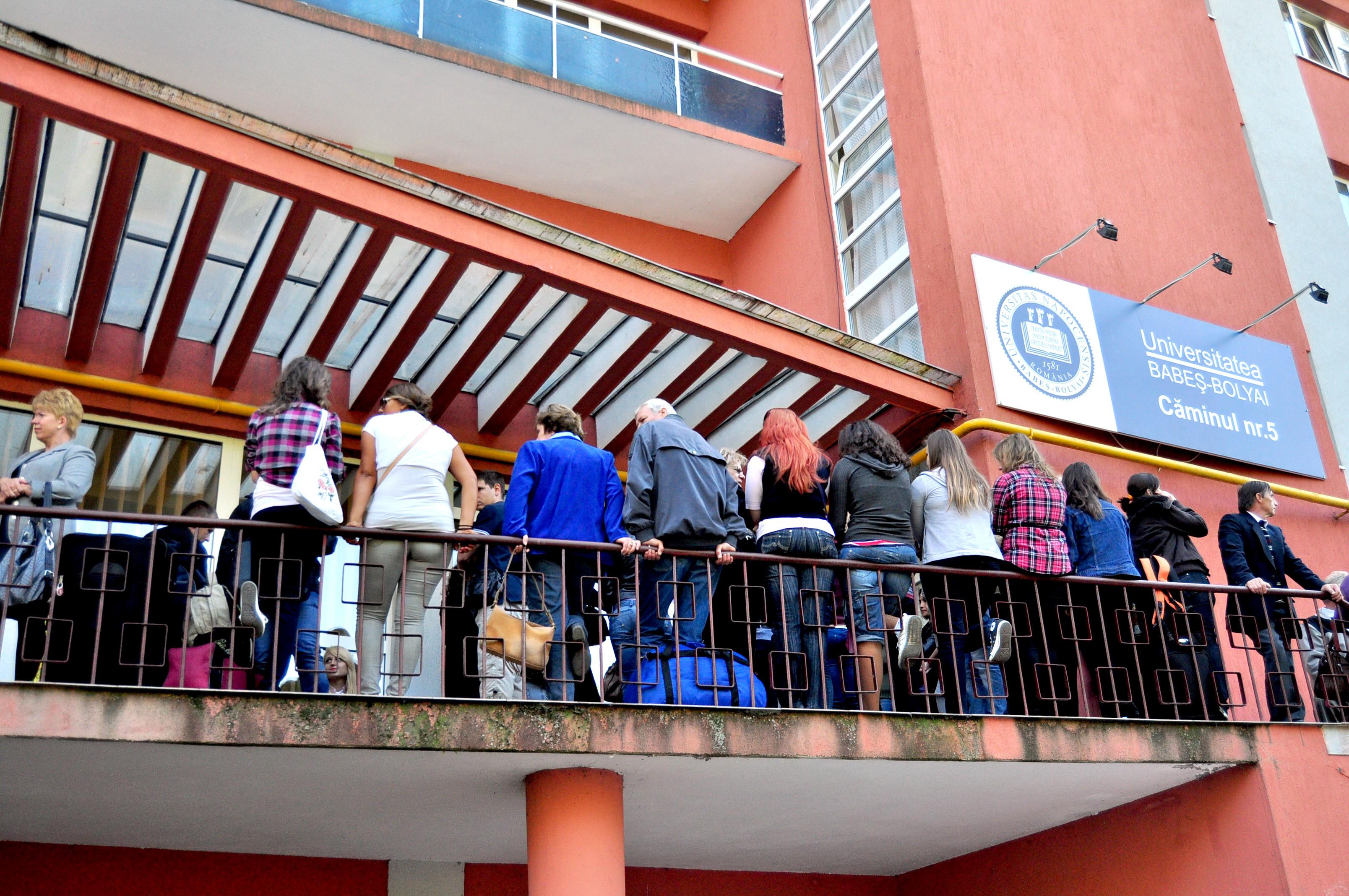 Doar studenții vaccinați se vor putea caza în căminele Universității Babeș- Bolyai