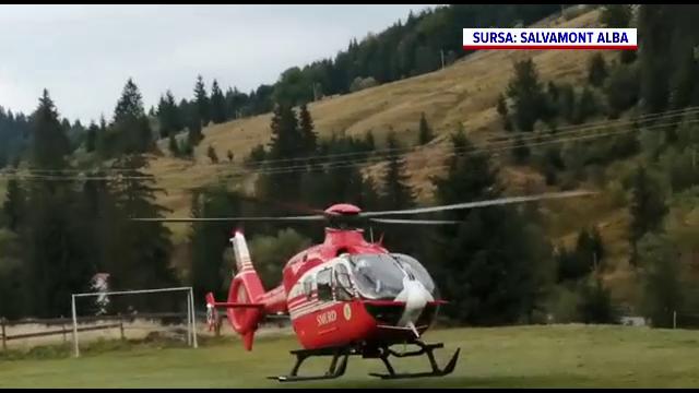 Accident grav în Arieșeni. Un șofer, dus la spital cu elicopterul, după ce a lovit cu mașina un bazin din beton
