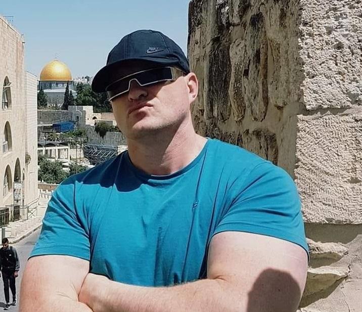"""Raed Arafat, amenințat cu moartea de un membru PSD: """"Mă voi duce la pușcărie zâmbind. Voi fi un erou"""""""