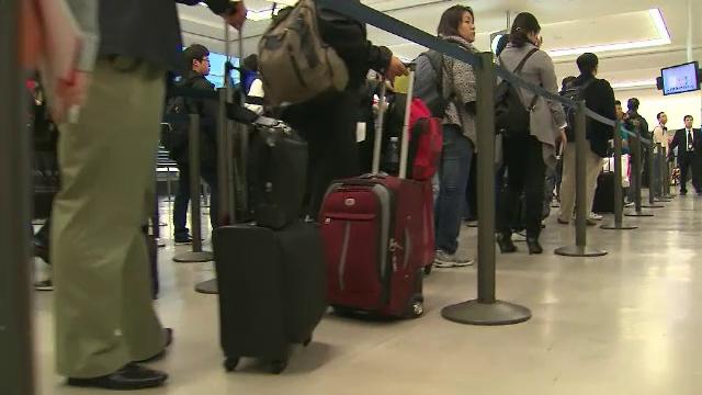 SUA urmează să ridice interdicţiile de călătorie impuse din cauza Covid-19. Ce trebuie să știe cetățenii europeni