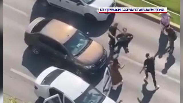 Noi imagini cu scandalul din Capitală, în care doi șoferi care s-au luat la bătaie. Un martor a surprins tot momentul