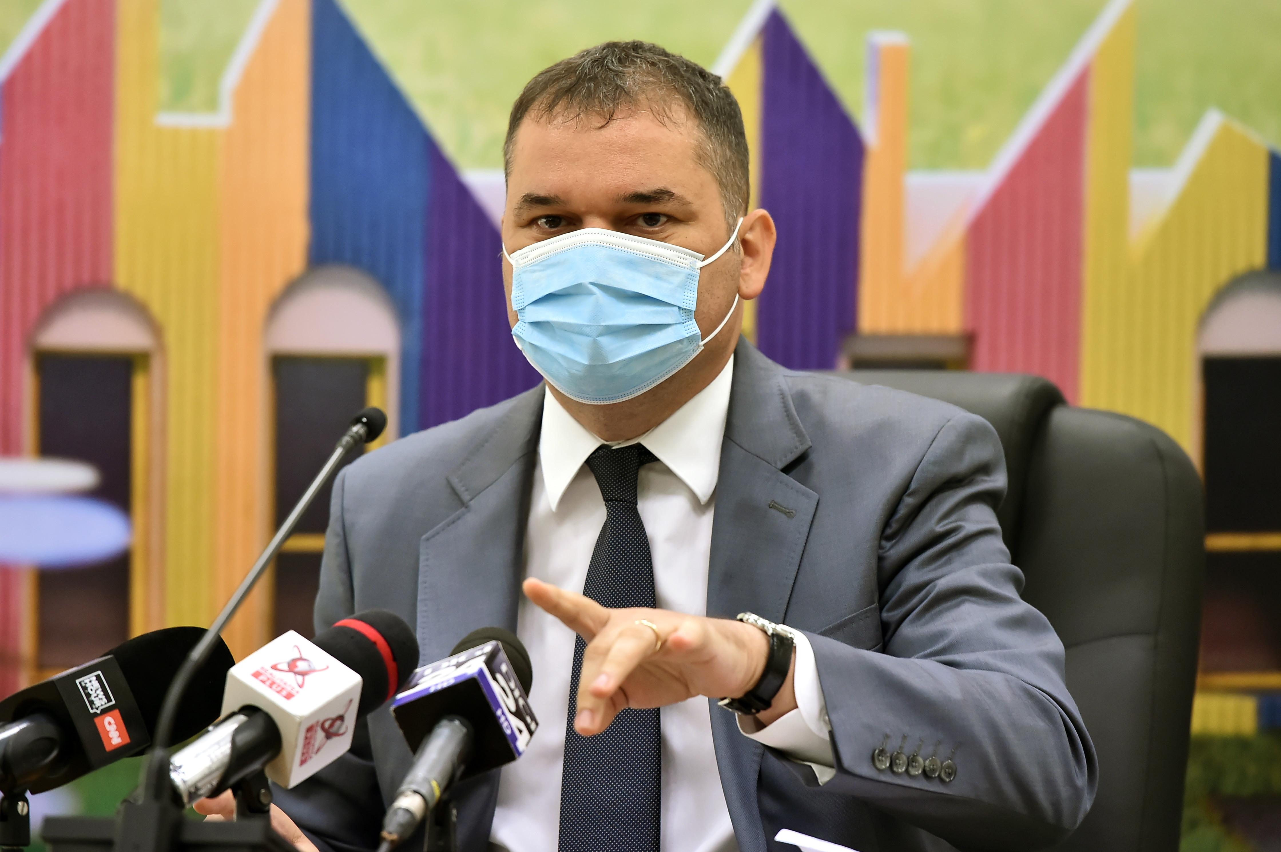 """Ministrul Sănătății: """"Încă nu am ajuns în vârful valului patru al pandemiei. Din păcate, nu suntem nici măcar pe platou"""""""