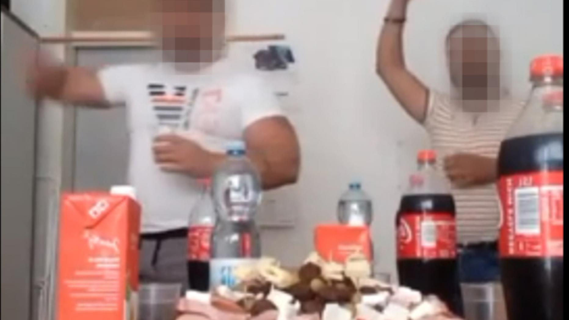 VIDEO. Petrecere cu manele și alcool într-o închisoare din Austria. Deținuții au transmis cheful LIVE