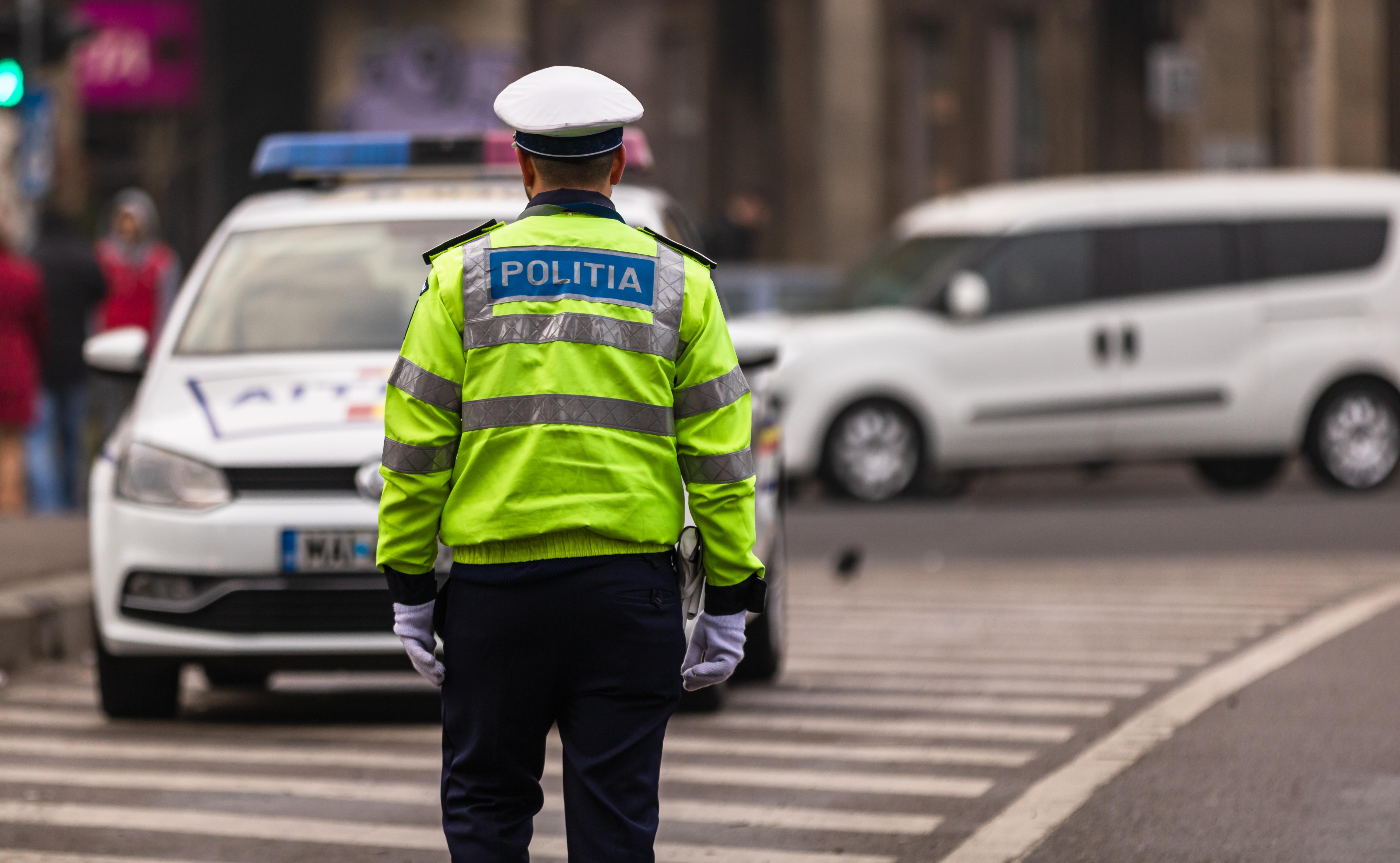 """""""Situaţie fără precedent în Poliţia Română"""". Zero poliţişti au promovat selecţia pentru educaţie fizică şi autoapărare"""