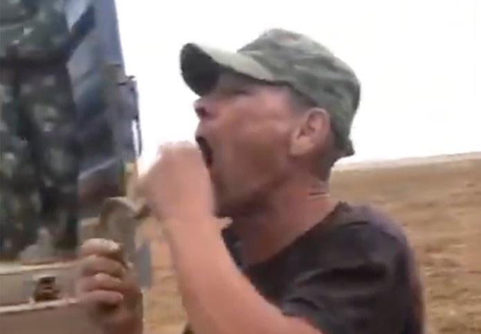 FOTO. Un fermier din Rusia a murit după ce a vrut să înghită o viperă de stepă.