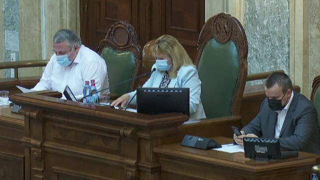 Anca Dragu, implicată într-un accident rutier în București. Cum se simte șefa Senatului