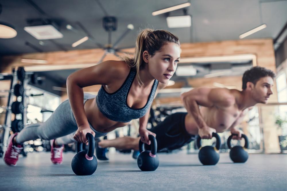 (P) 75% dintre români consideră că femeile nu pot să facă sport la același nivel cu bărbații