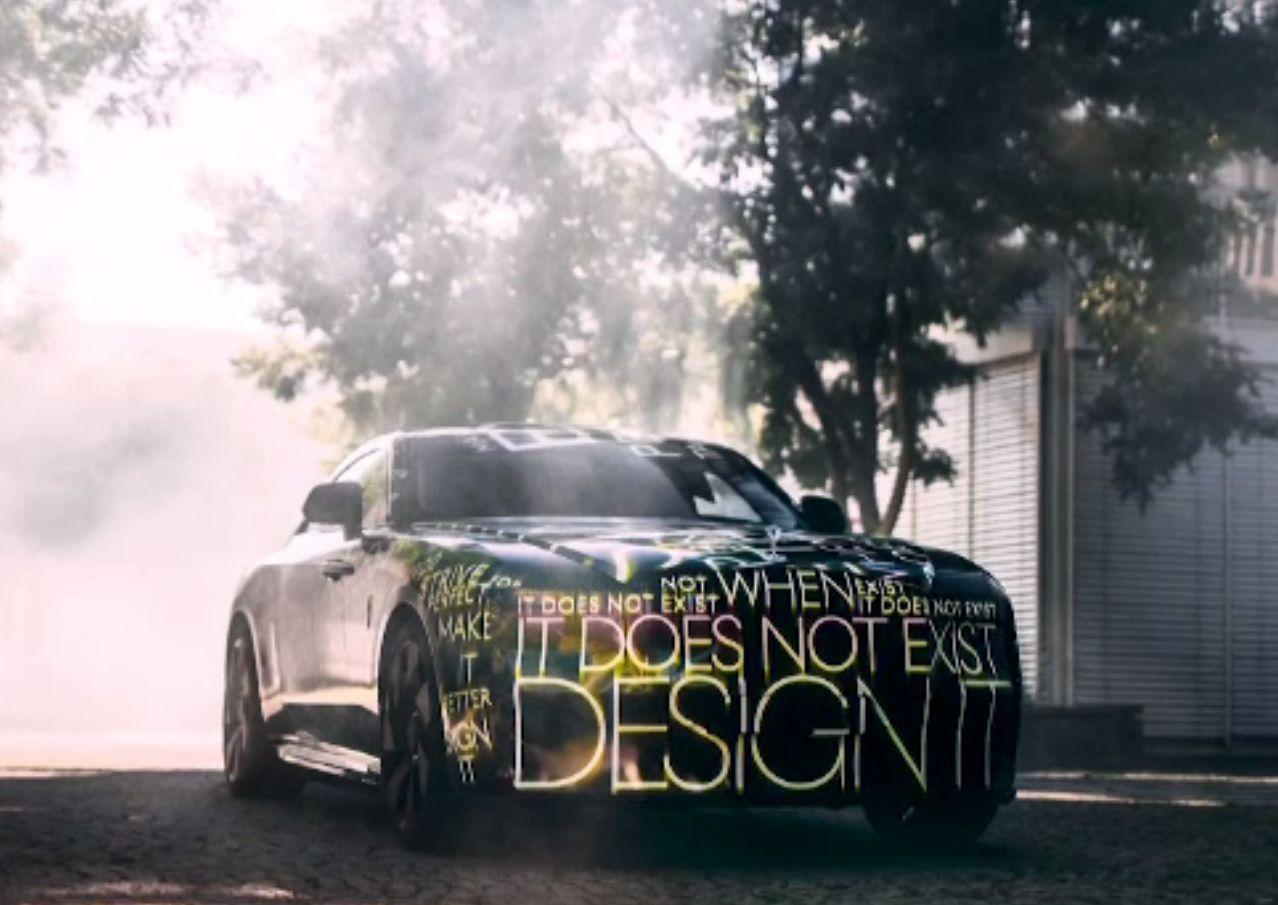 Rolls-Royce a prezentat prototipul său electric. În cât timp ajunge pe piață