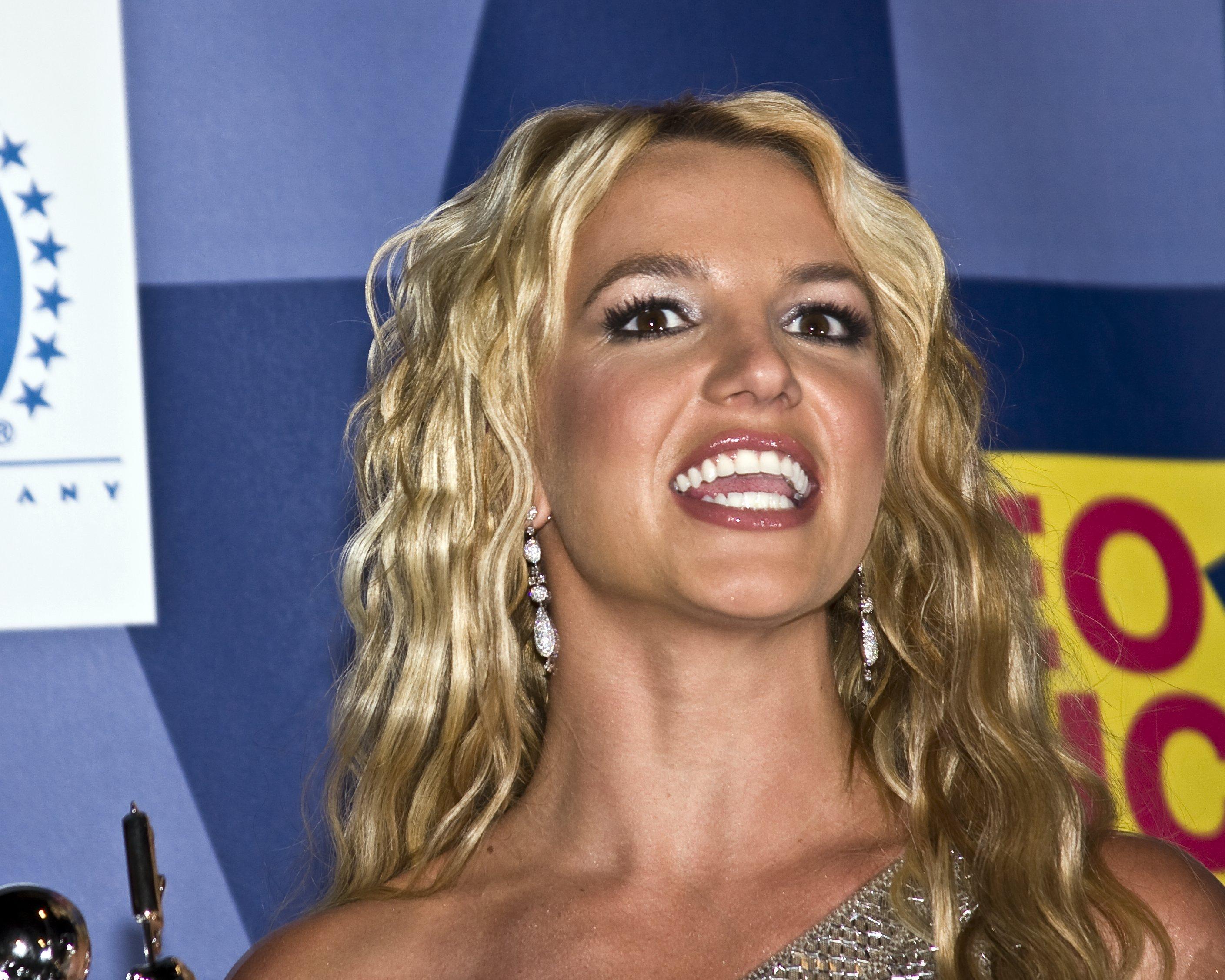 Victorie în instanță pentru Britney Spears. Un tribunal din Los Angeles i-a retras tatălui său statutul de tutore