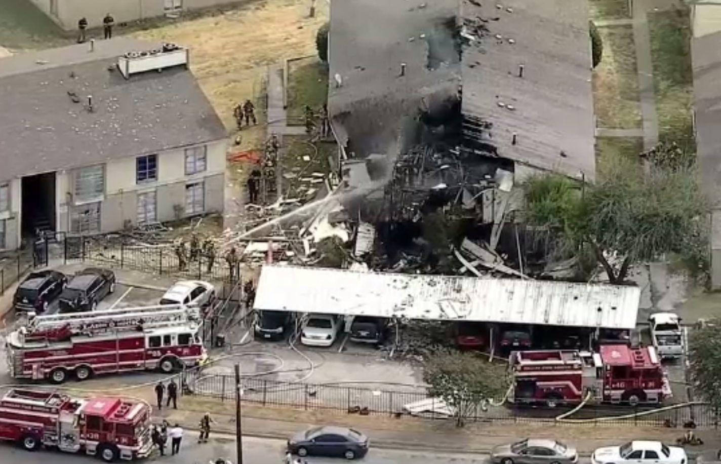 Explozie puternică în Dallas. O clădire s-a prăbușit